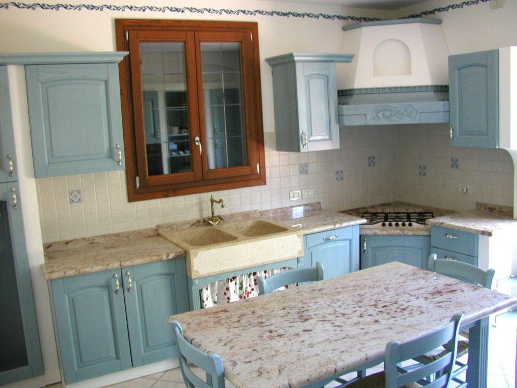 Caminetti scale piani per cucine in marmo rovigo zambon marmi - Piano cucina in granito ...